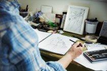 Croquis dessin artiste en cours — Photo de stock