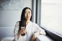 Woman using smart phone. — Stock Photo