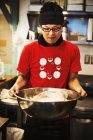 Chef in ramen noodle shop. — Stock Photo