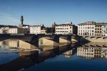 Río arno, Florencia - foto de stock