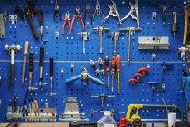 Большой выбор ручных инструментов — стоковое фото