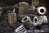 Різні форми металеві гвинтиків — стокове фото