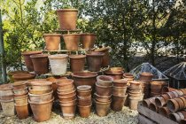 Large stack of terracotta pots — Stock Photo
