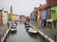 Venice. Narrow canal wth boats — Stock Photo