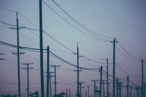 Utility poles at Midway-Sunset oil field in California, USA — Stock Photo