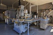 Завод по розливу исторических напитков в Дублине, Техас, США — стоковое фото