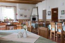 Palmse Manor elegante sala da pranzo, Estonia — Foto stock
