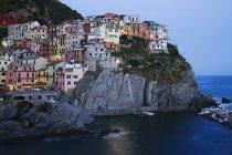 Cinque Terre town of Manarola at dusk, Italy — Stock Photo