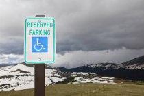 Behindertenparkschild am Rocky Mountain National Park, Colorado, Usa — Stockfoto