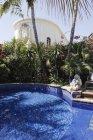 Piscine de luxe à l'hôtel California, Todos Santos, Basse Californie, Mexique — Photo de stock