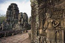 Прикрашений кам'яна різьблення на стінах, Ангкор, Камбоджа — стокове фото