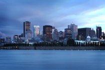 Skyline della città di Montreal sul lungomare, Quebec, Canada — Foto stock
