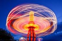 Paseo en cadena giratoria en Puyallup Fair, Puyallup, Washington, Estados Unidos - foto de stock