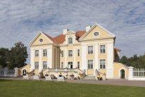 Exterior del edificio Palmse Manor, Laane-Viru, Estonia - foto de stock