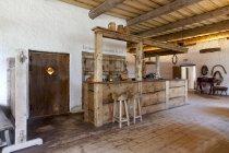 Vieux bar d'auberge de Palmse Manor, Palmse, Estonie — Photo de stock