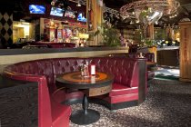 Dining booth in American style diner in Tallinn, Estonia — Stock Photo