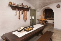 Cocina sótano de Palmse Manor, Palmse, Estonia - foto de stock