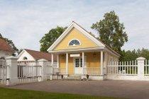 Старообленное здание в Palmse Manor, Лаан-Виру, Эстония — стоковое фото
