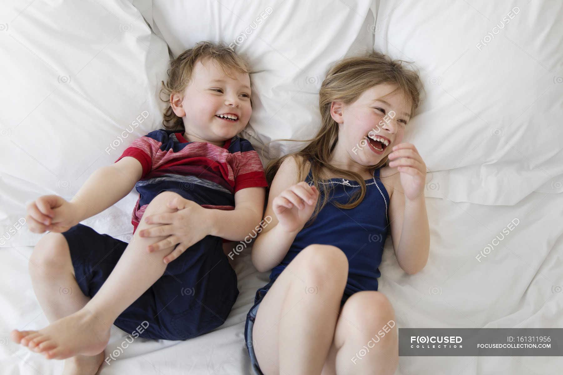 Спалила брата рассказ, Братик и сестрёнка - Эротические рассказы 20 фотография