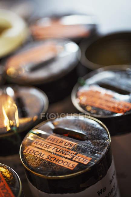 Barattoli di raccolta di beneficenza — Foto stock