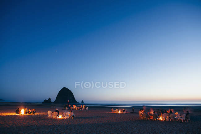 Haystack Rock in the background. — Stock Photo