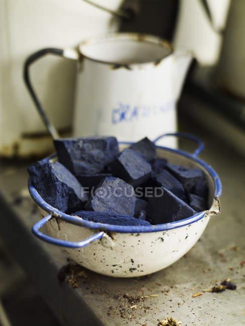 Pigmento indaco in blocchi — Foto stock