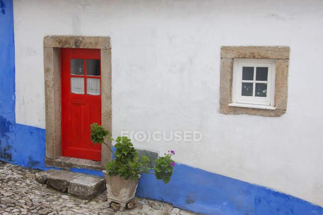 Red painted door — Stock Photo