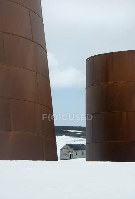 Altas de oxidación de depósitos de aceite del metal - foto de stock
