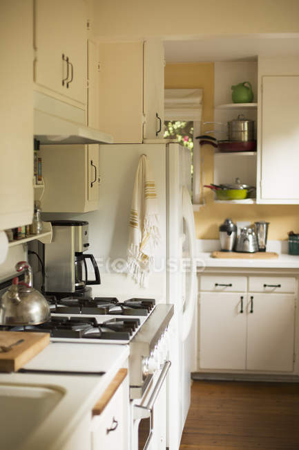 Interior of domestic kitchen. — Stock Photo