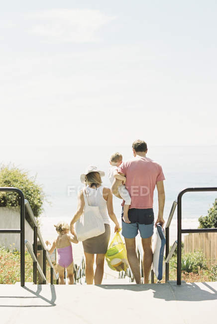 Family on a day out at a sandy beach — Stock Photo