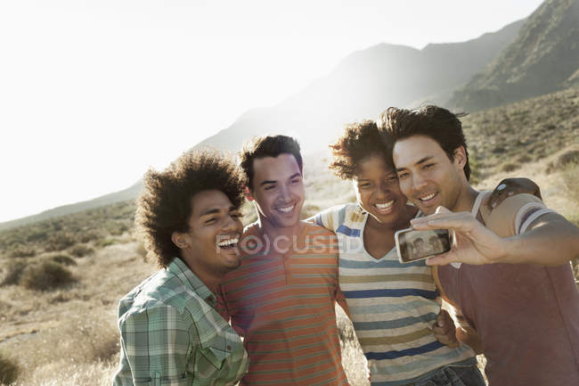 Friends together posing for a selfy — Stock Photo