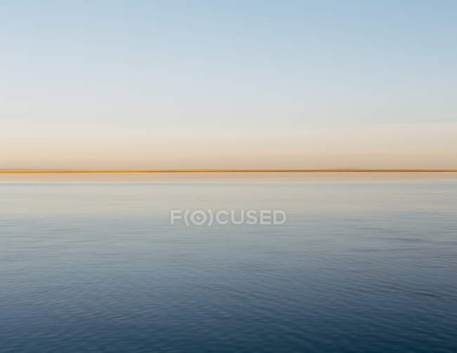 Clear line of the horizon — Stock Photo