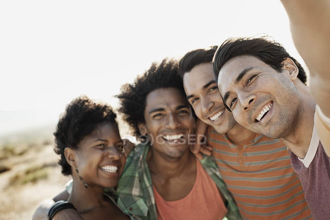 Friends posing for a selfy — Stock Photo