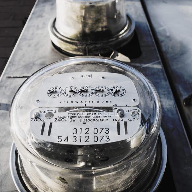 Циферблат електролічильника — стокове фото