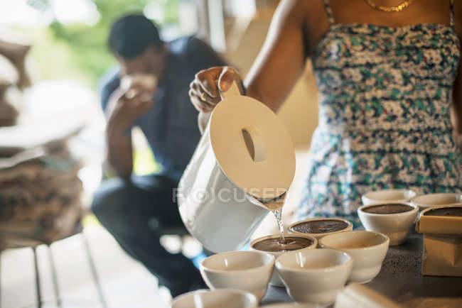 Man sampling coffee — Stock Photo