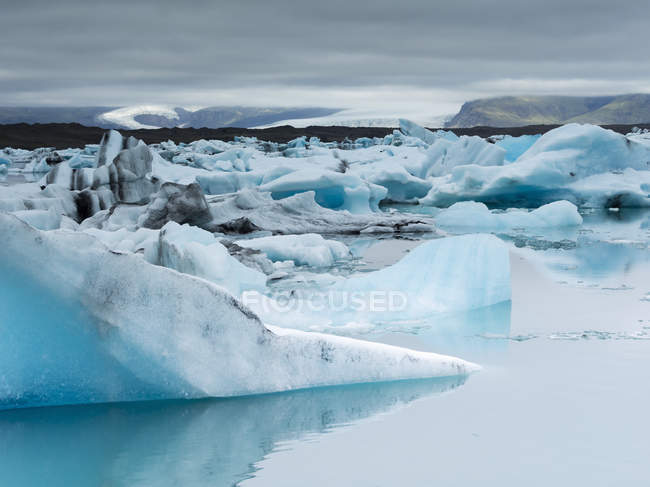 Glacial lake in Vatnajokull National Park — Stock Photo