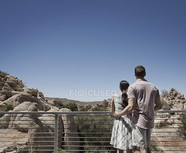 Couple on the terrace of an eco home — Stock Photo