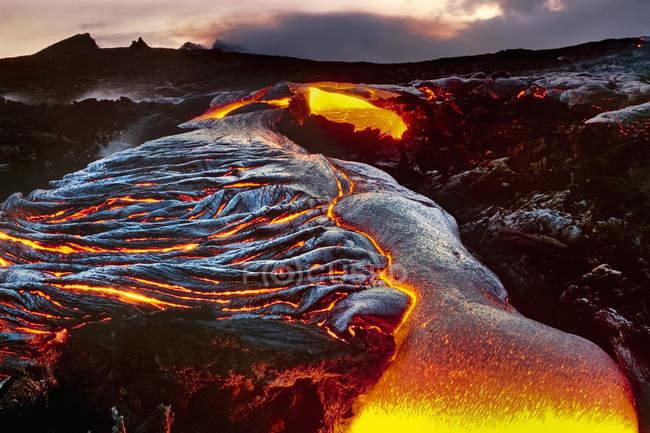Flowing lava, Hawaii — Stock Photo