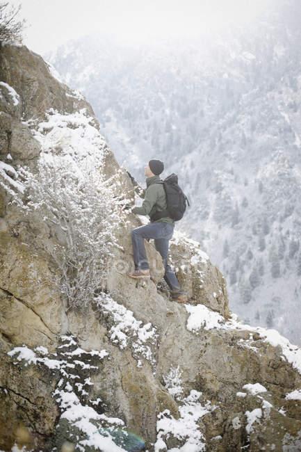 Uomo, escursioni in montagna — Foto stock