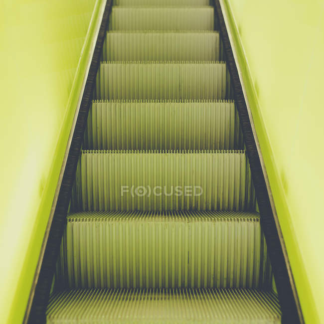 Flight of steps, escalator — Stock Photo