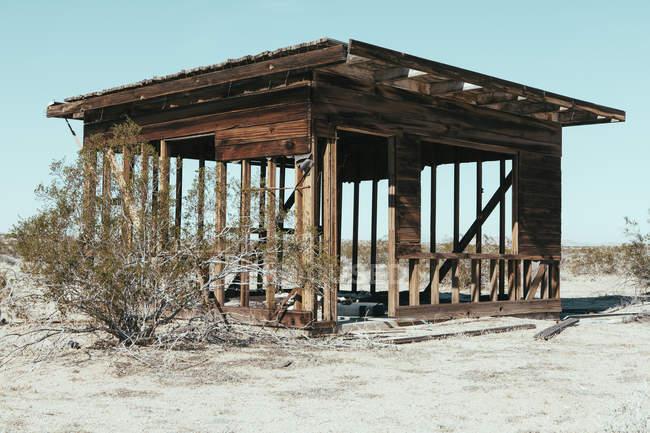 Edificio abbandonato nel deserto del Mojave — Foto stock