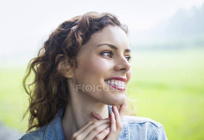 Woman Looking away — Stock Photo