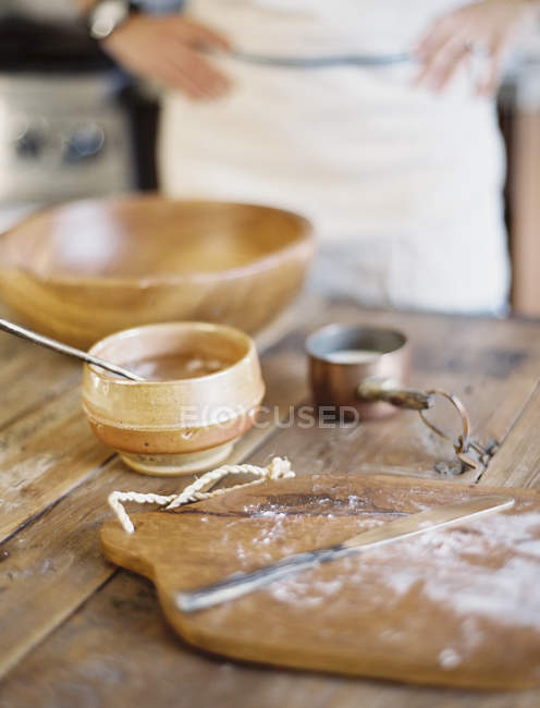Large bowl with oil and flour — Stock Photo