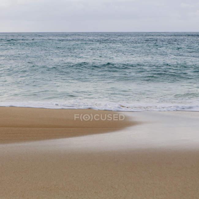 Вид на море з пляжу — стокове фото