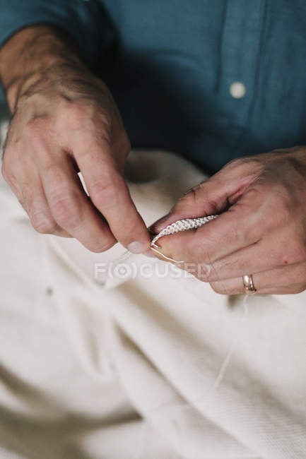 Male artist working - hands — Stock Photo