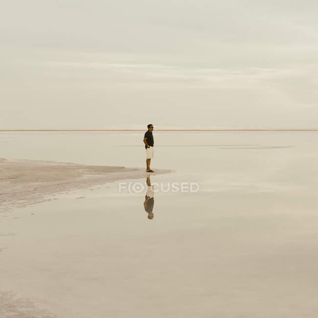 Mann am Salzsee von Bonneville — Stockfoto