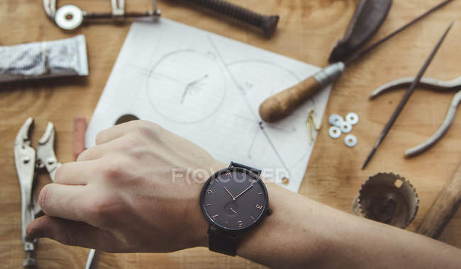 Human hand with watch — Stock Photo