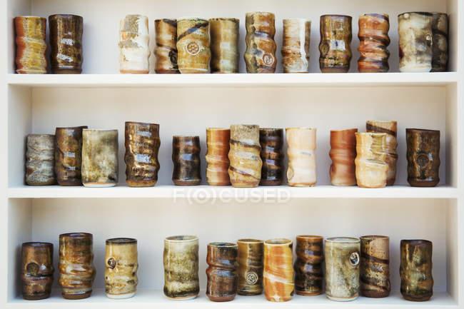 Glasierte Keramik Töpfe — Stockfoto
