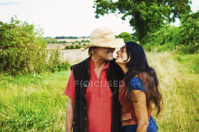 Man and woman hugging. — Stock Photo