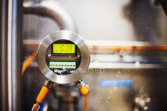 Messgerät mit einer digitalen ausdrucken — Stockfoto
